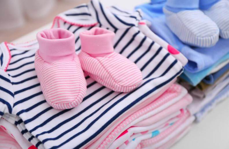How much baby clothes and shoes to buy